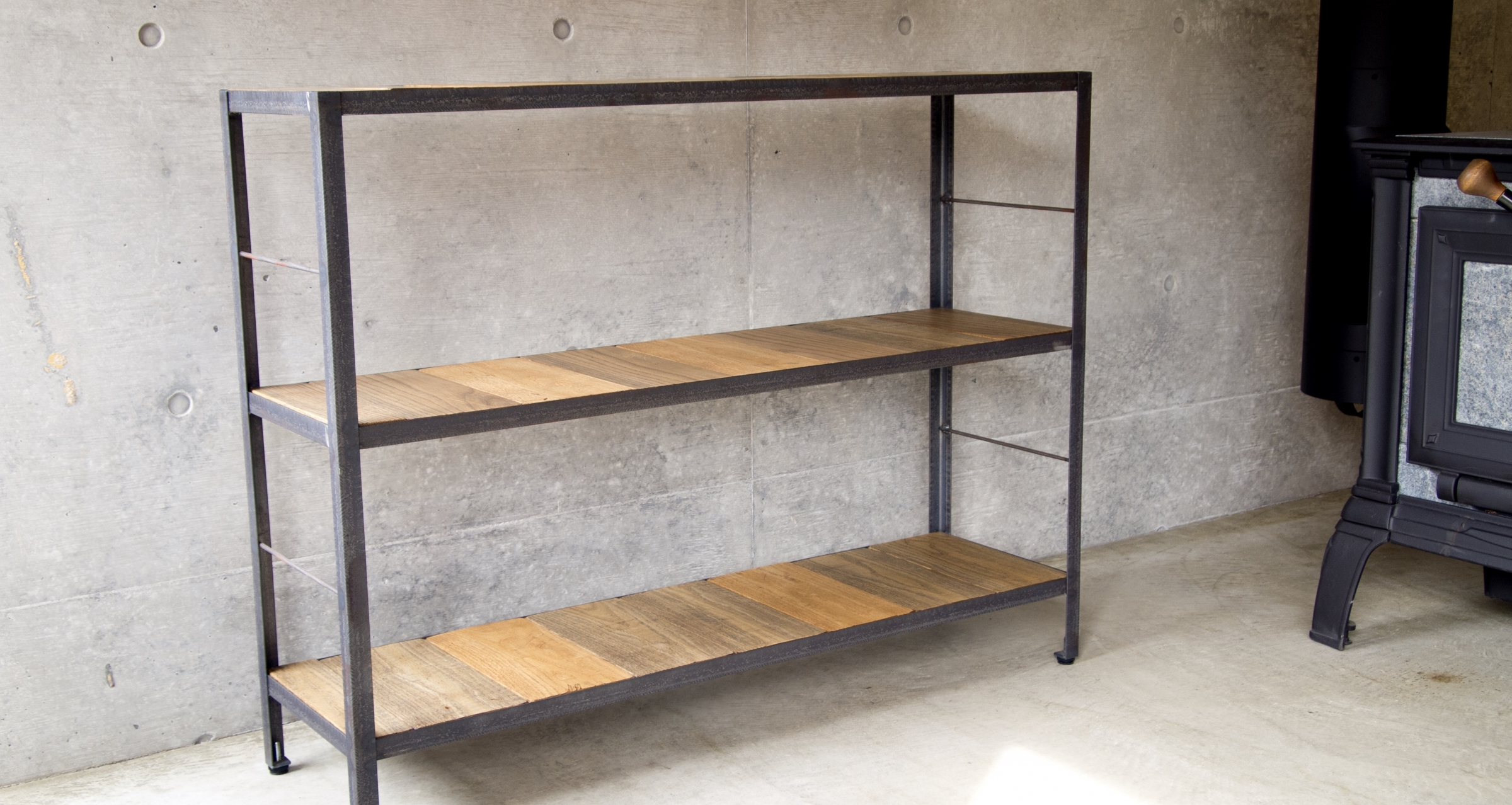 Open shelf / Iron frame & white oak